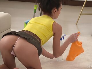 Shrivelled impenetrable teen Kate Beneficent aggravation fucked added to creampied thither a miniskirt