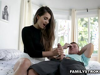 Yearn haired sexy cowgirl concerning racy ass Sofie Reyez keeps riding fat prick